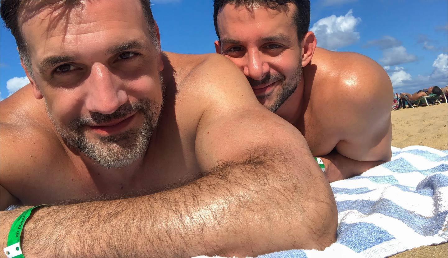 GAY SURFING COSTA RICA
